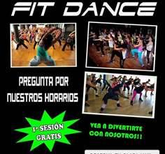 CLASE DE FIT DANCE