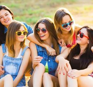 Crear un grupo de chicas