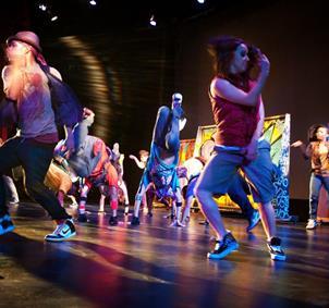Gente interesada en las danza urbanas