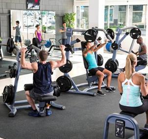 Gente para ir al gimnasio en la Coruña
