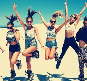 Grupo chicas de 19 a 28 años