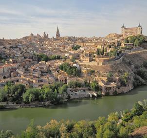 Grupo amistad en Toledo 30-40 años