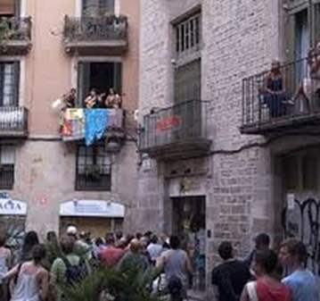 EVENTO: CONCIERTOS EN LOS BALCONES DEL BARRI GÒTIC