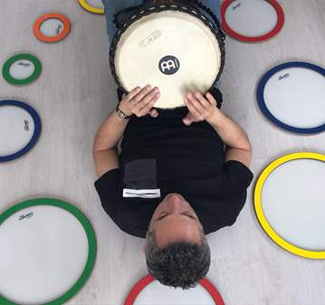 SESIÓN: CIRCULO DE PERCUSIÓN. MUSICOTERAPIA