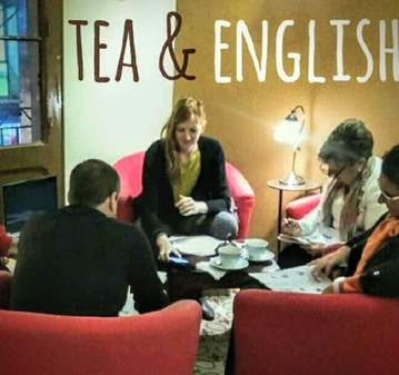 CLASE: ENGLISH AND TEA - PRACTICA CONVERSANDO