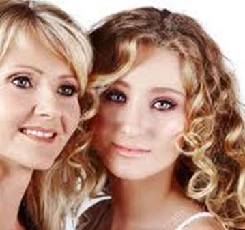 CLASE: MAQUILLAJE MADRES E HIJAS