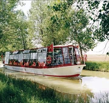 EXCURSIÓN: NAVEGANDO POR EL CANAL DE CASTILLA Y...