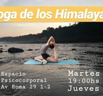 CLASE: SESIÓN DE HATHA YOGA