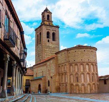 VIAJE: EXCURSIÓN A ARÉVALO Y MADRIGAL DE LAS ALTAS TORRES