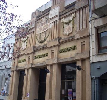 EXCURSIÓN: VISITA AL CASTELL DE GELIDA I EDIFICIS MODERNISTES