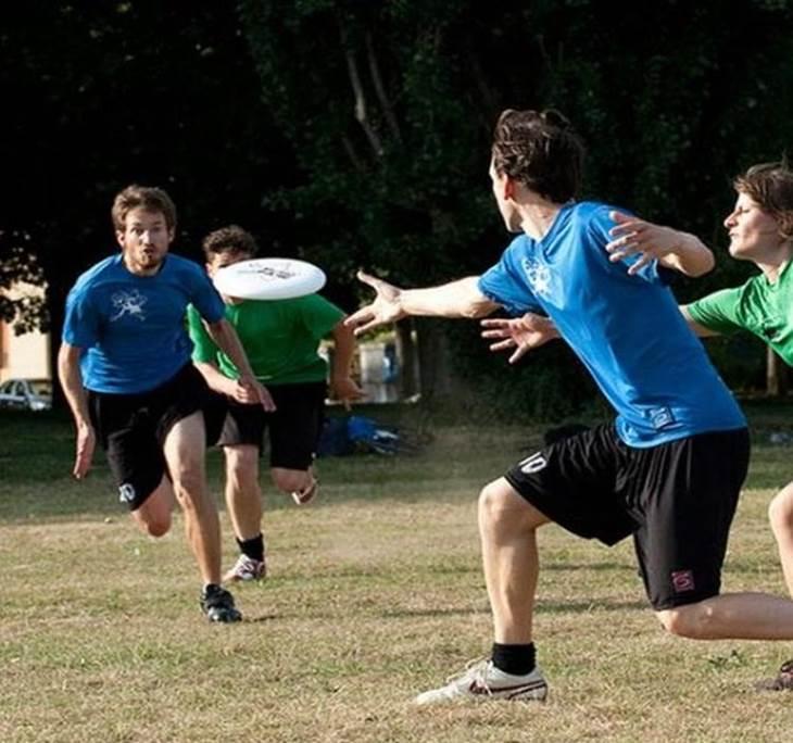 Conoce el Deporte de Ultimate frisbee con Magnum - pic0