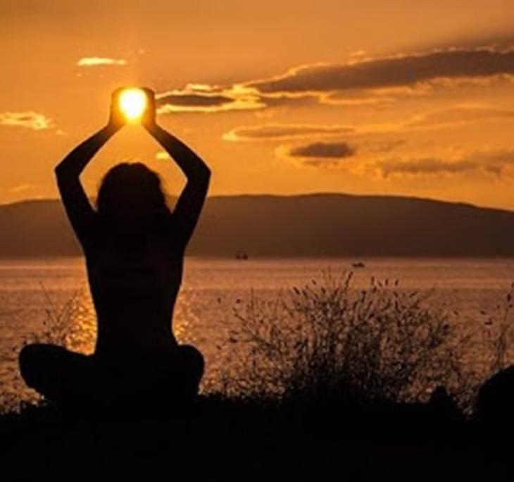 Curso Iniciación Yoga Integral Martes - Jueves 20h - pic0