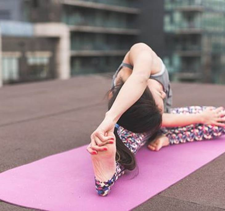 Curso Iniciación Yoga Integral Martes - Jueves 20h - pic1