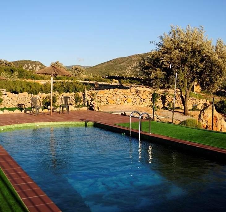 Escapada estancia en una casa rural con piscina uolala for Escapada rural piscinas naturales