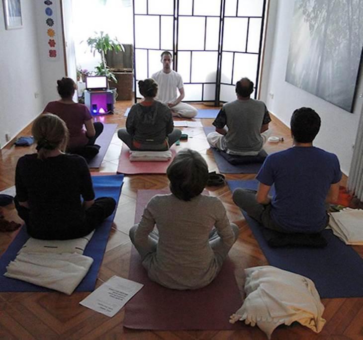 Hatha Yoga - pic0