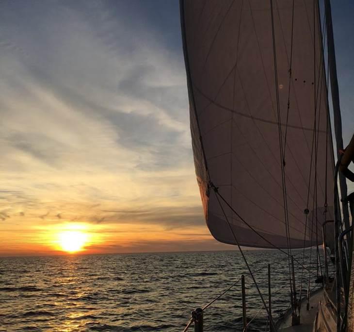 Posta de sol des del mar - pic0