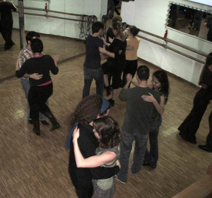 Práctica asistida de tango. Ven y mejora tu baile. - pic0