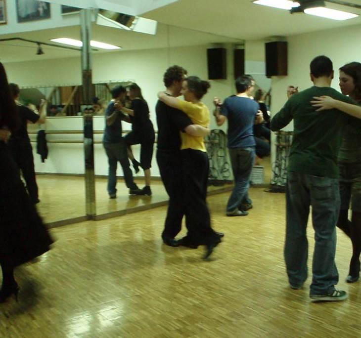 Práctica asistida de tango. Ven y mejora tu baile. - pic6
