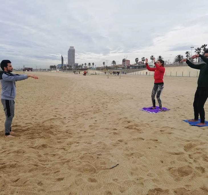 Tai Chi Chi kung en playa Bogatell - pic0