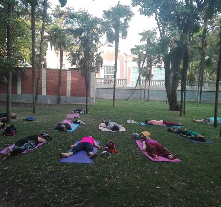yoga en el Parque del Retiro - pic0
