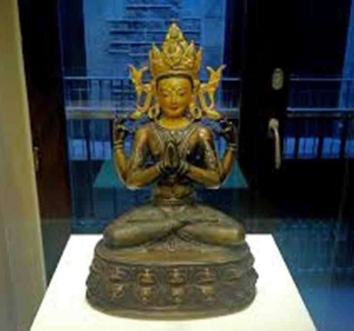 Visita al espectacular Museu de les Cultures. - pic0
